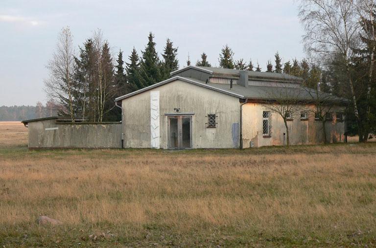 Atelier von Jörg-Werner Schmidt im Camp Reinsehlen, 2011.